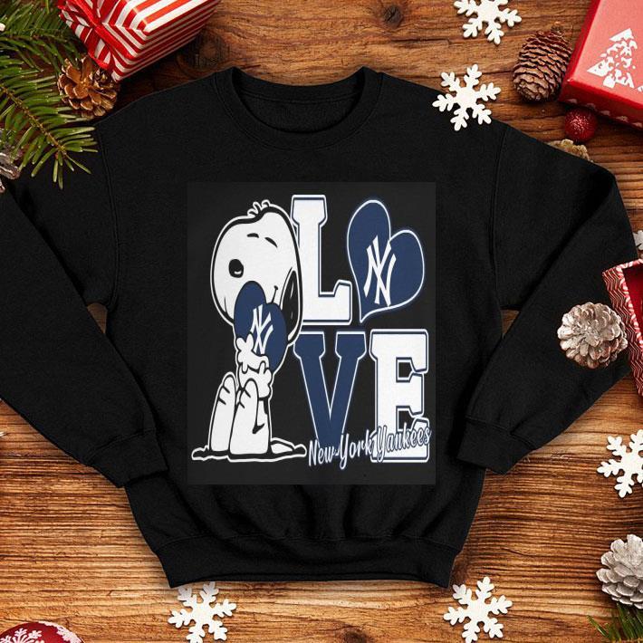 Snoopy love New York Yankees shirt
