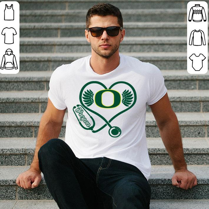 Love Oregon Ducks Stethoscope Heartbeat nurse shirt