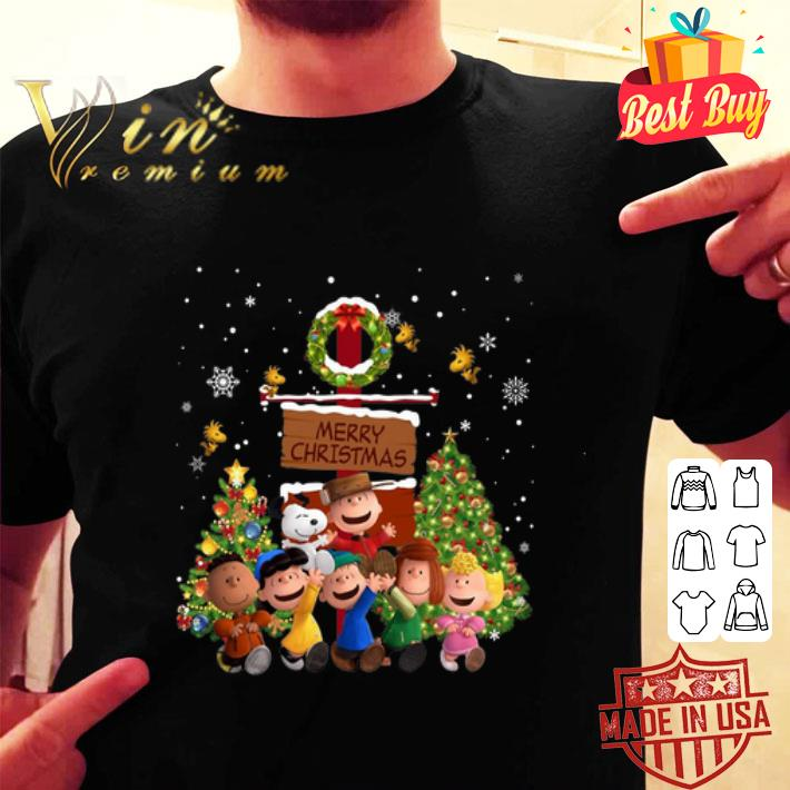 Peanuts characters Merry Christmas shirt