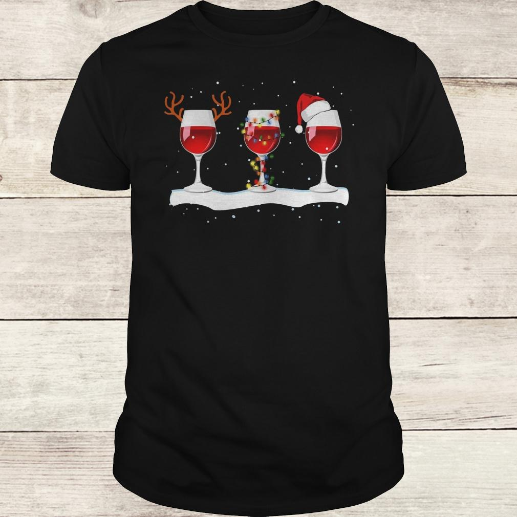 Premium Three wine glasses with Christmas light, deer horn and Santa hat shirt Classic Guys / Unisex Tee