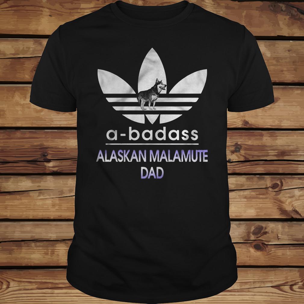 A-Badass Alaska Malamute Dad shirt Classic Guys / Unisex Tee