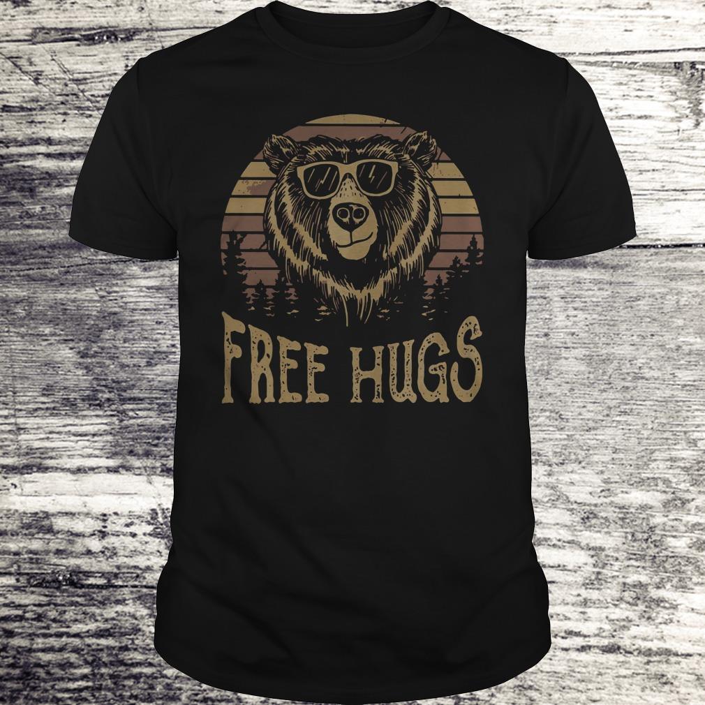 Nice Free hugs sunset bear shirt Classic Guys / Unisex Tee