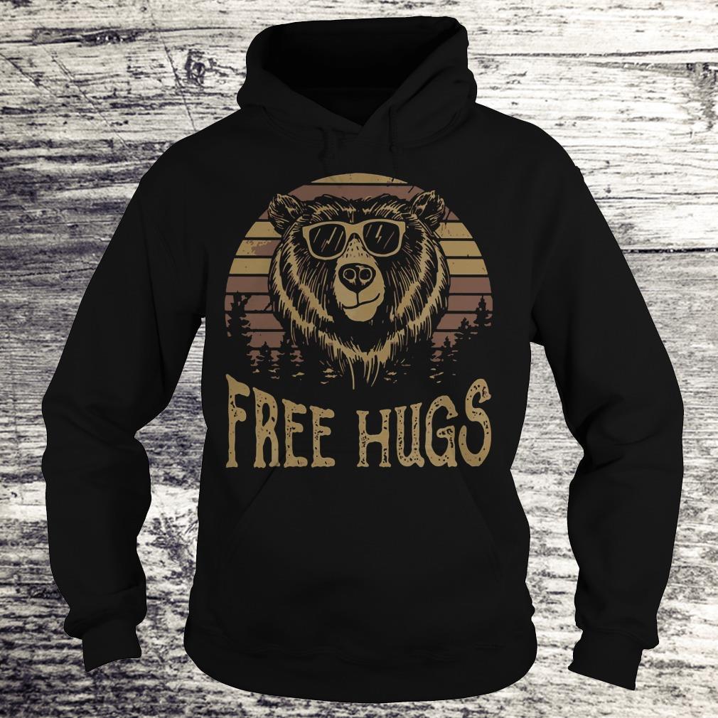 Nice Free hugs sunset bear shirt Hoodie