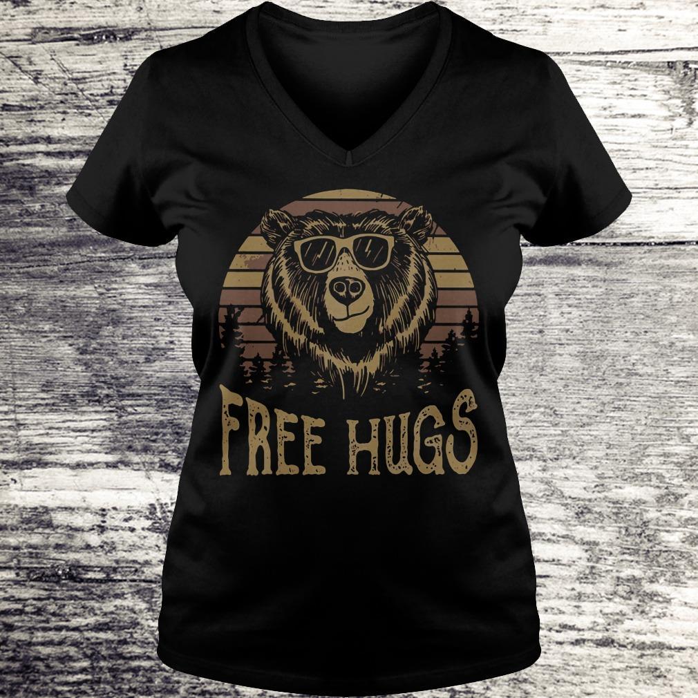 Nice Free hugs sunset bear shirt Ladies V-Neck