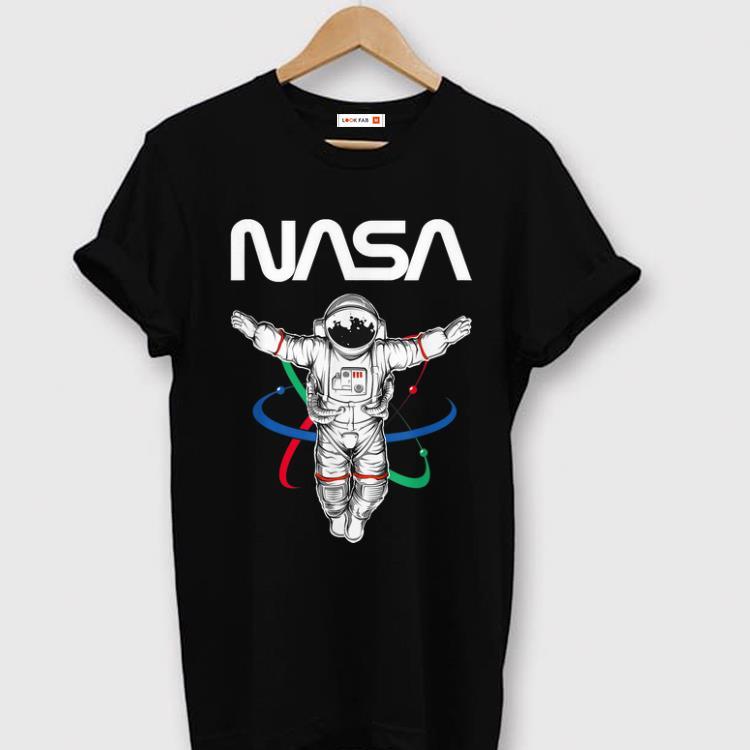 Awesome The Official Astronaut NASA Worm Apollo 11 shirt