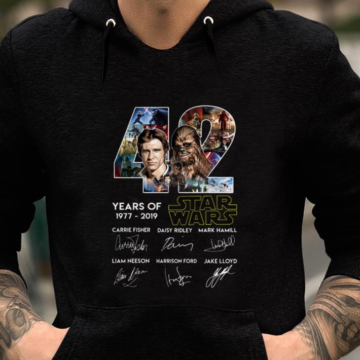 Pretty 42 Years Of Star Wars Han Solo And Chewbacca Signatures Shirt 2 1.jpg