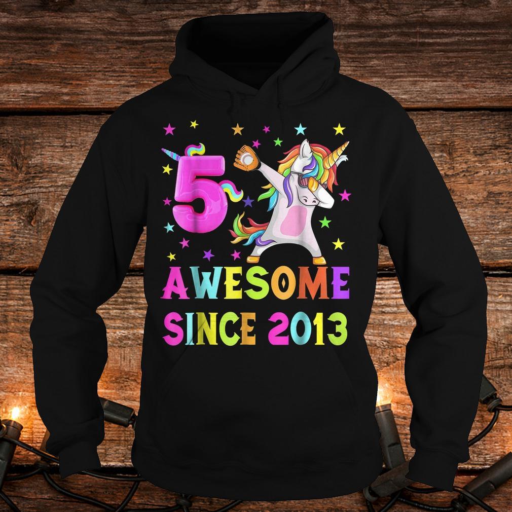5 and awesome unicorn dabbing 5th b-day shirt Hoodie