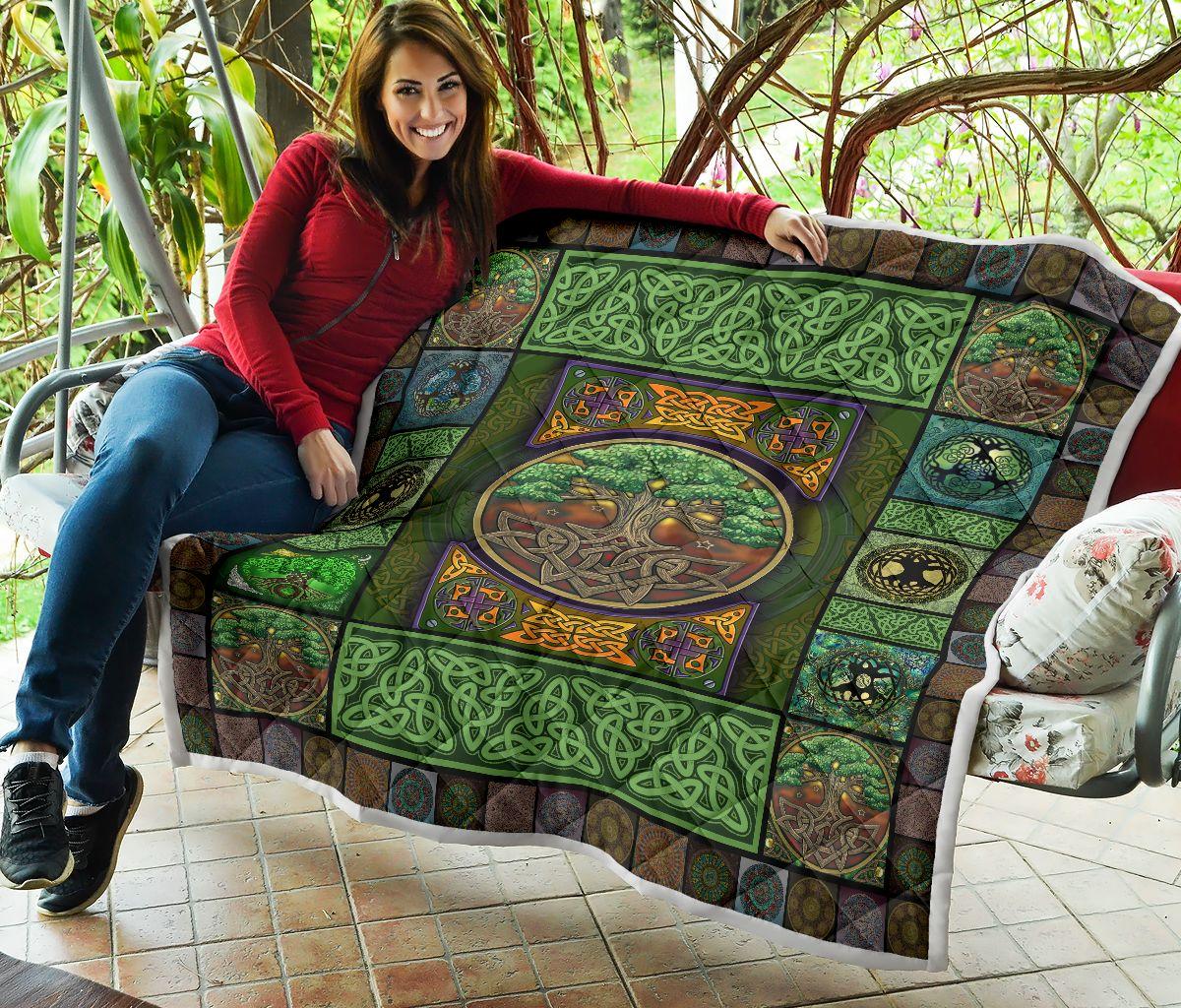 Irish tree celtic quilt blanket