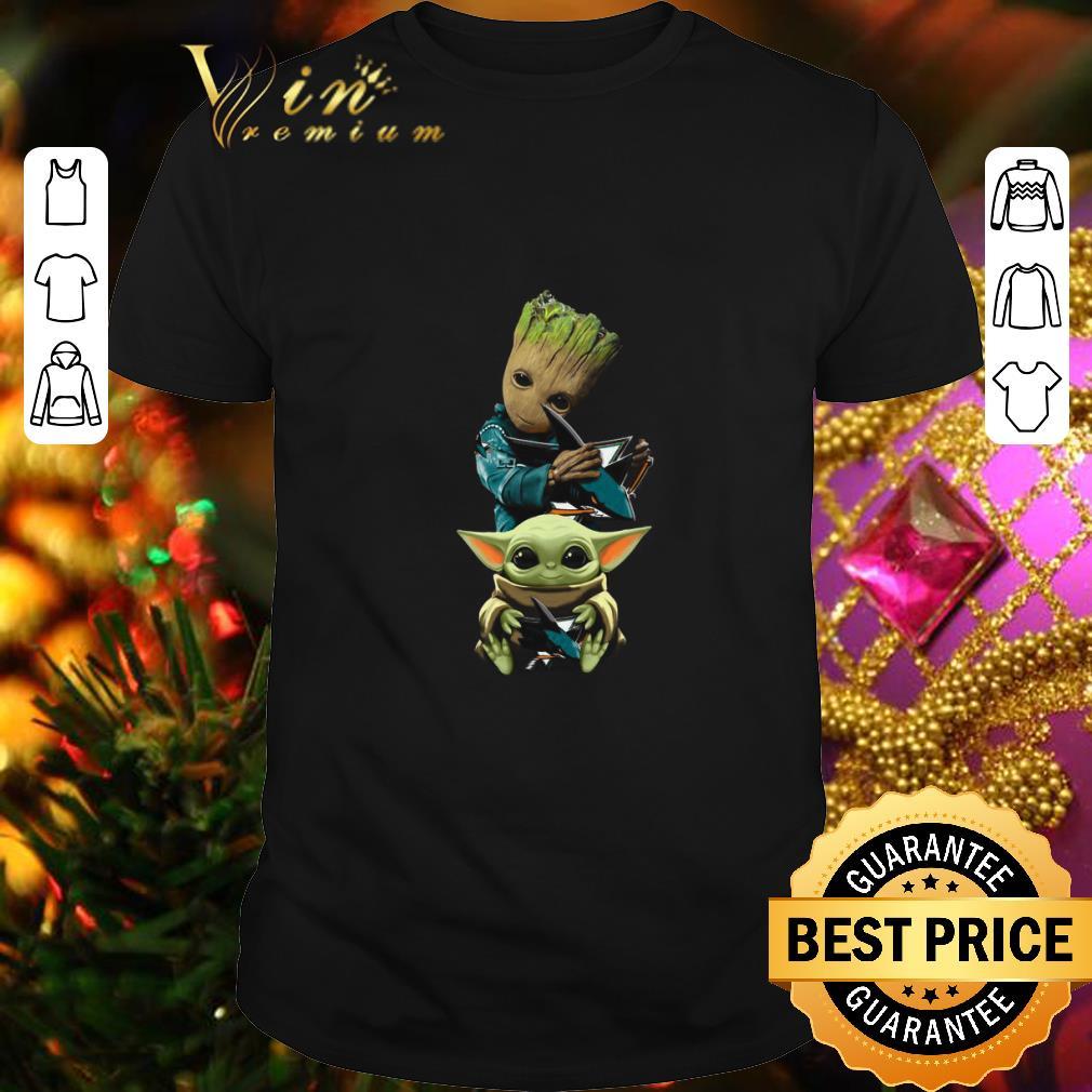Baby Yoda and Baby Groot hug San Jose Sharks Star Wars shirt