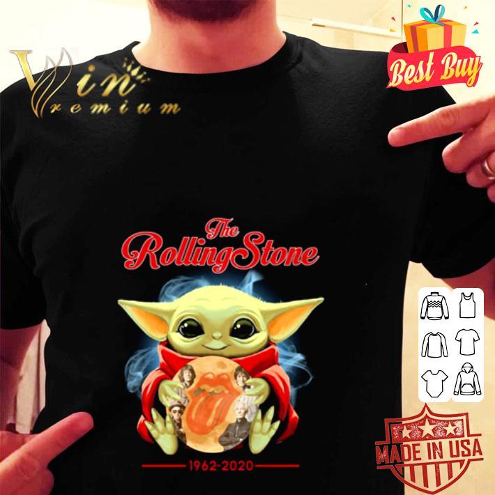 Baby Yoda hug the Rolling stone 1962-2020 shirt