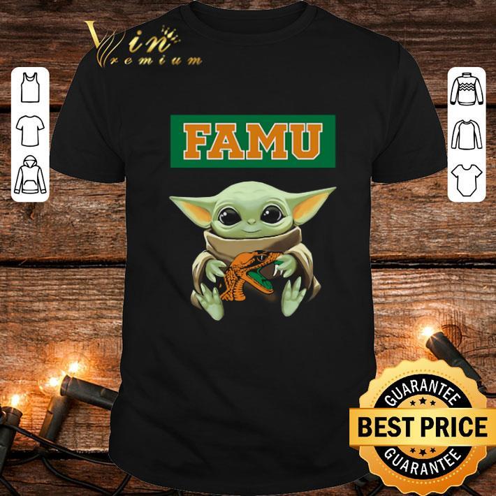 Baby Yoda Hug Famu Star Wars shirt