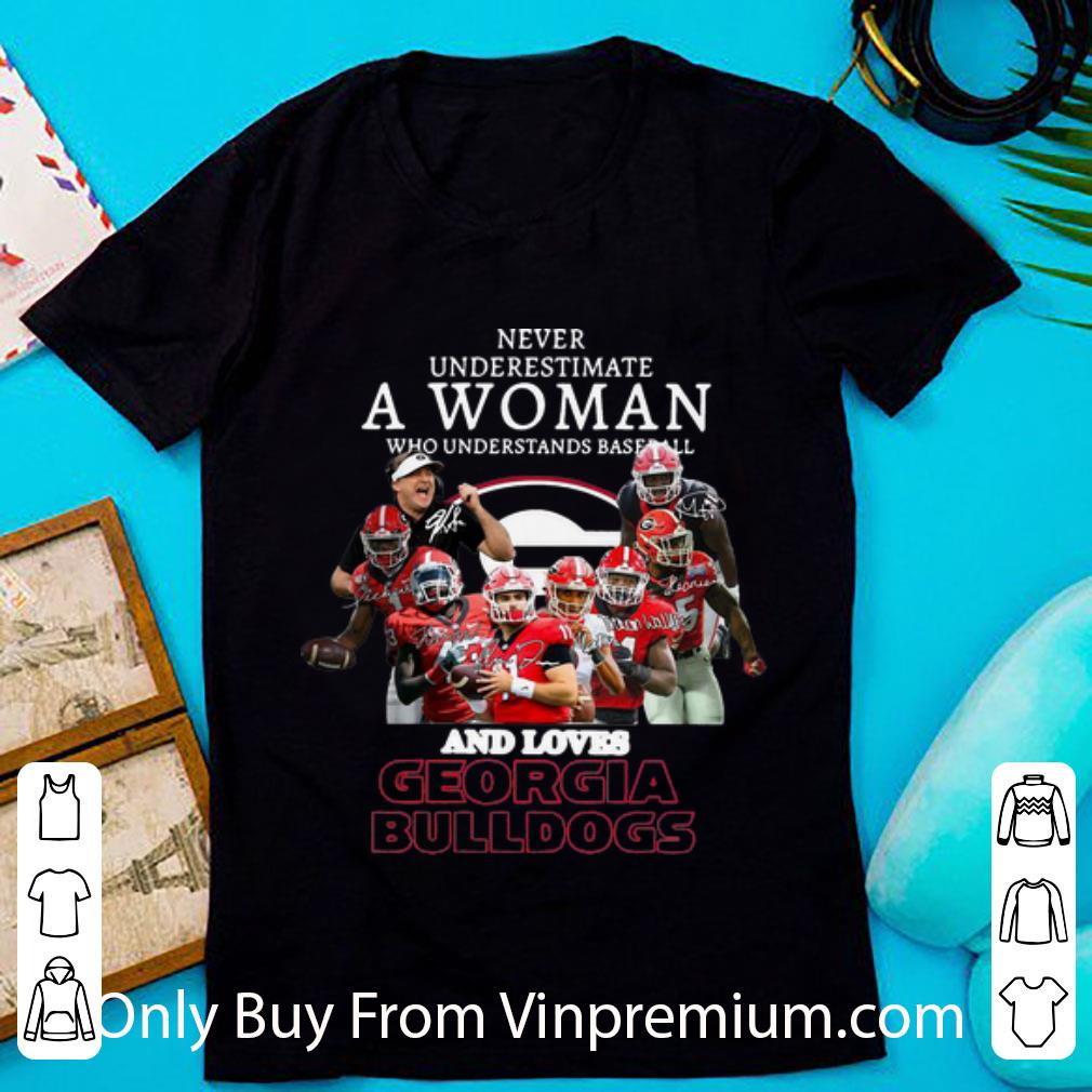 Never Underestimate A Woman Who Loves Georgia Bulldogs Signatures Shirt 1